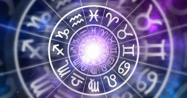 Az Asztrológiai Elemzések Segítenek Tisztán Látni Az életfeladatok Terén!